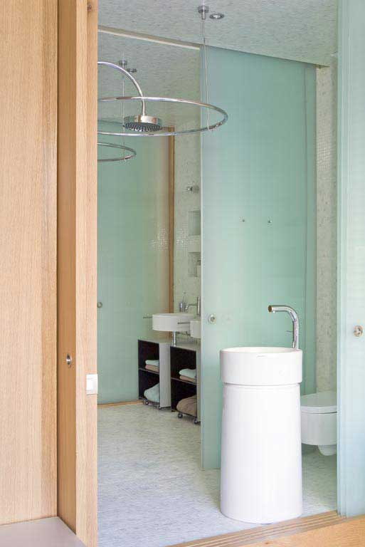 Homelifestyle-loft-con-estilo-baño-lateral