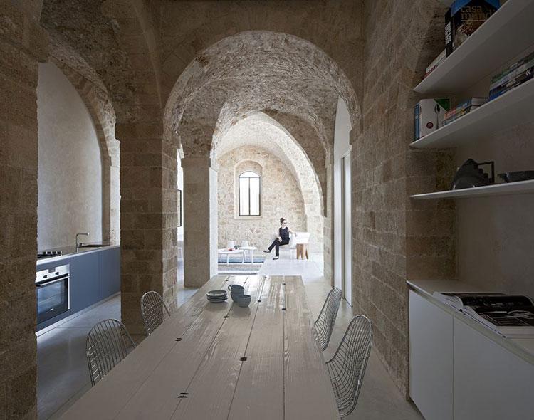 HomeLifeStyle-Magazine-Pitsou-Kedem-Architect-cocina-grande