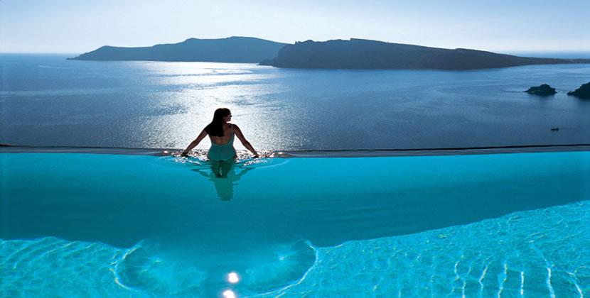 HomeLifeStyle-Hotel-Perivolas-Grece-Pool