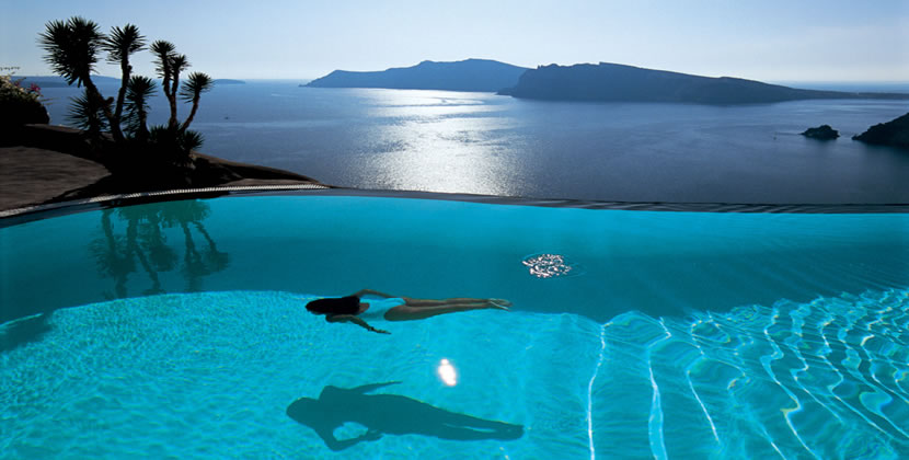 HomeLifeStyle-Hotel-Perivolas-Grece-Swiming-Pool