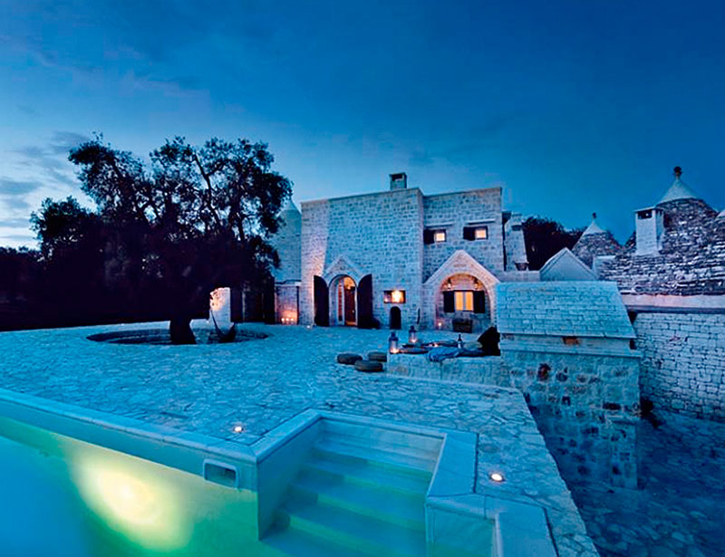 Homelifestyle-Magazine-Vivir-en-un-trulli-night