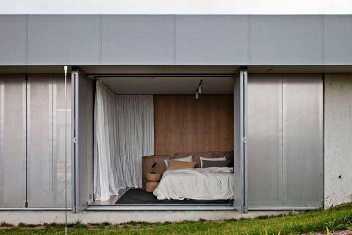 Home-Life-Style-Magazine-diseño-sostenible-Fearon-Hay-Architects-Patrick-Reynolds-dormitorio-exterior