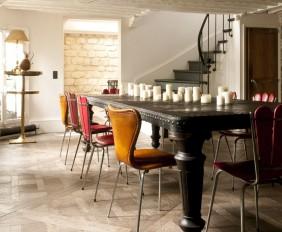 Comedor con sillas tapizadas terciopelo