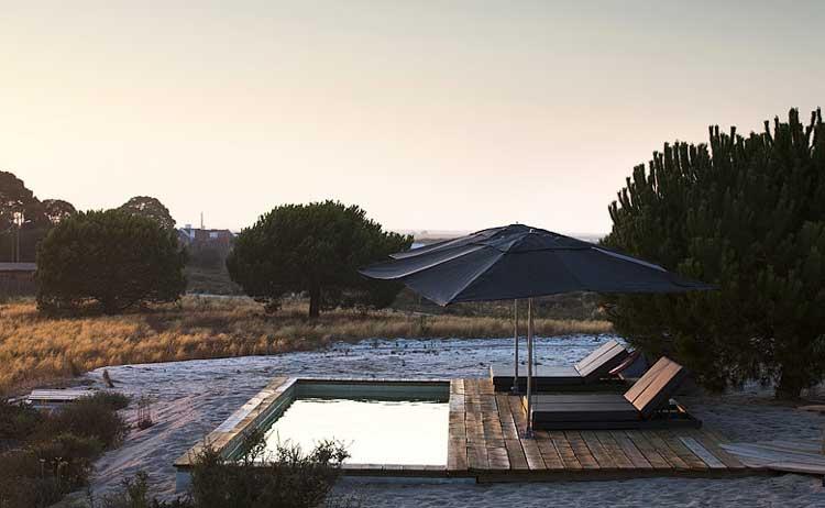 Home-Life-Style-Magazine-Casas-Na-Airea-piscina