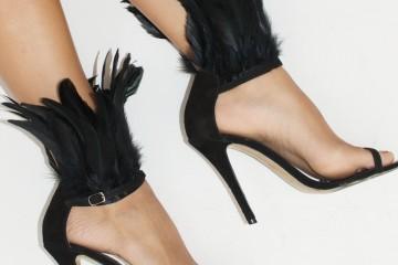 DIY: sandalias de plumas