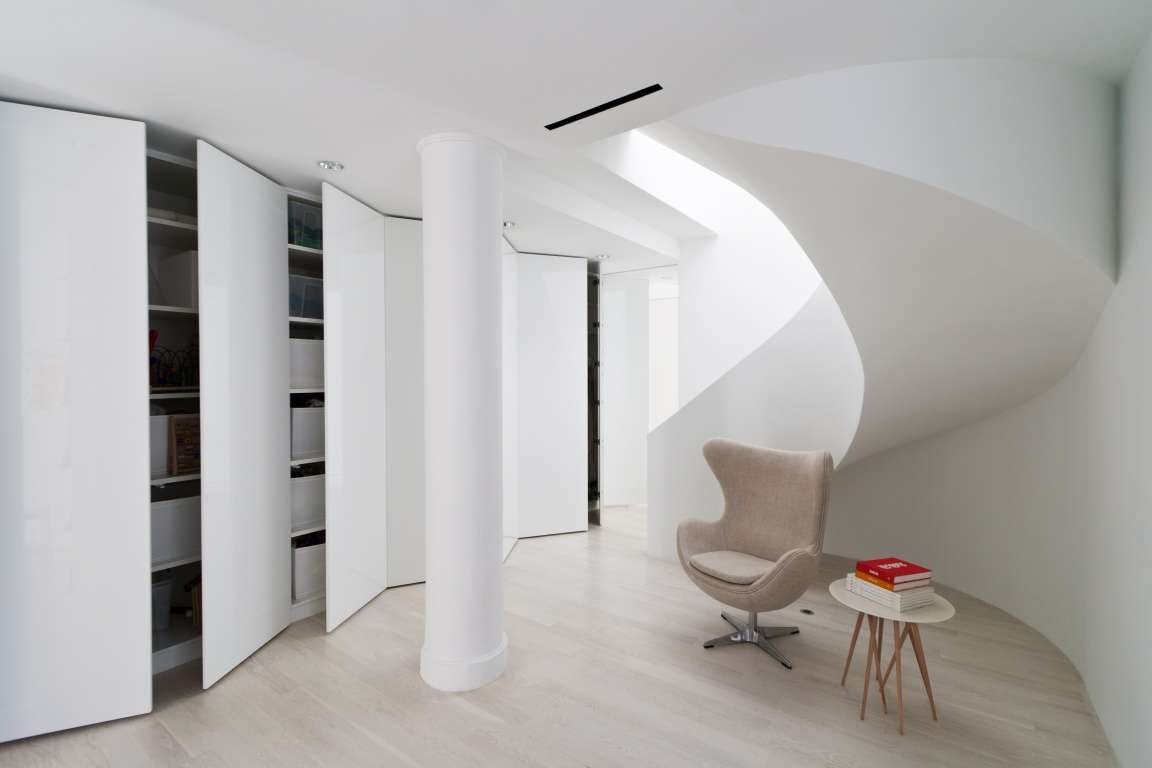 Casa Wadia de 4 Architecture