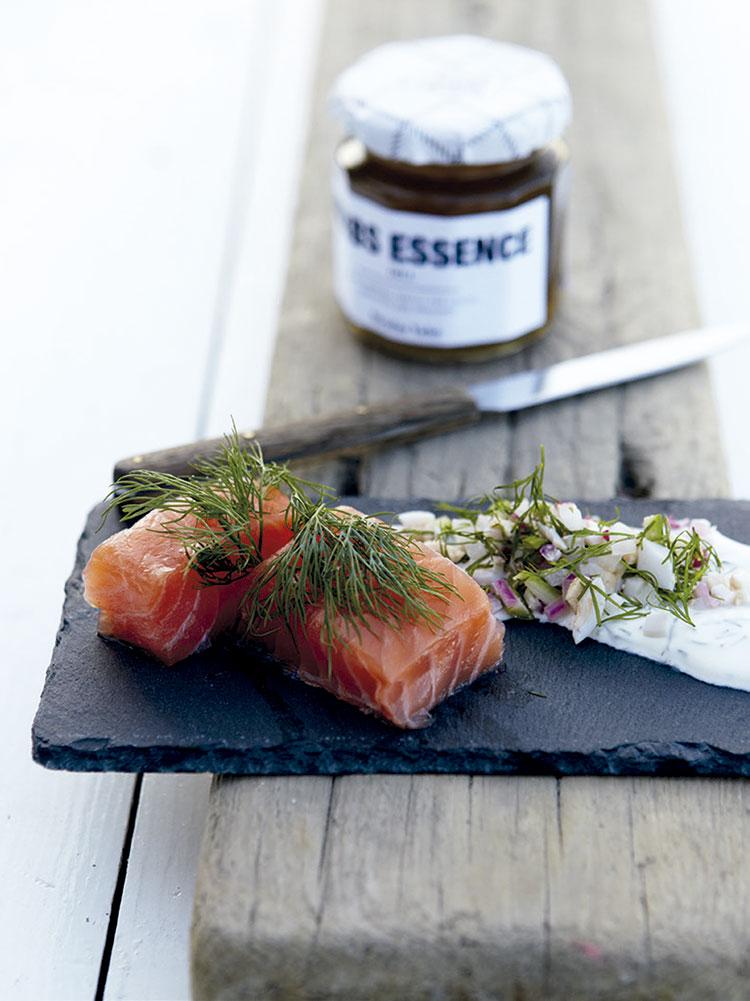 salmón-marinado-con-eneldo