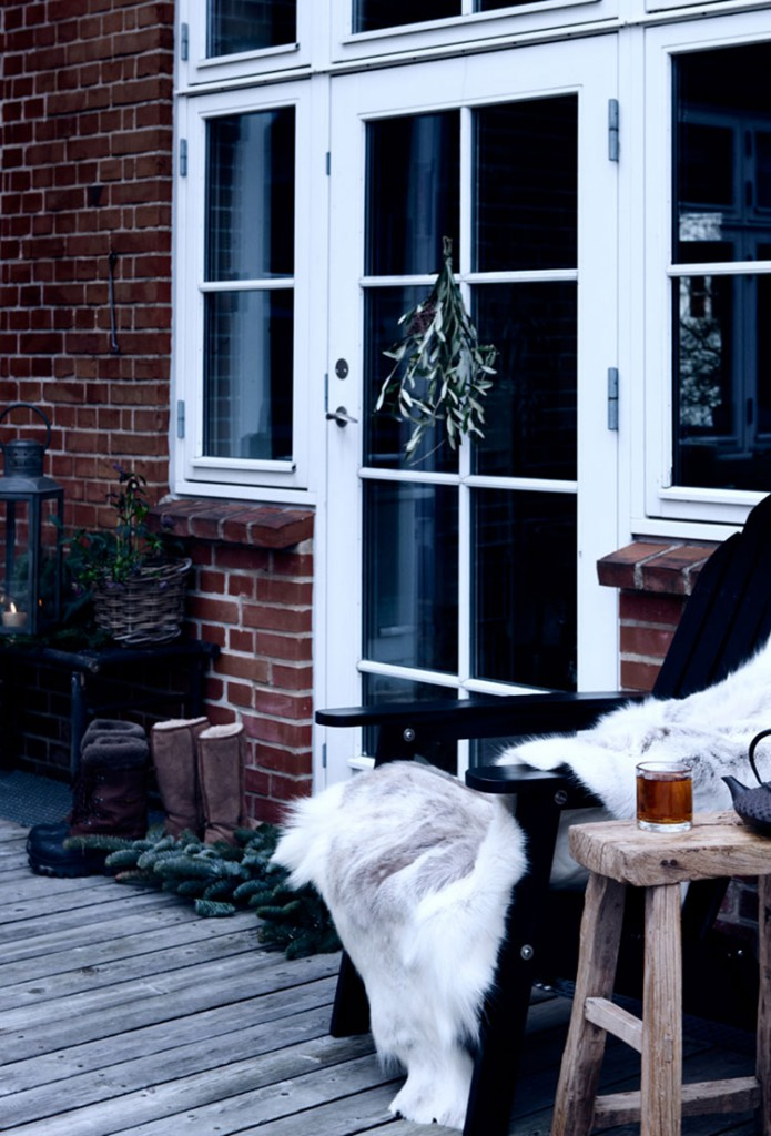 Homelifestyle-Magazine-navidad-nordica-puerta