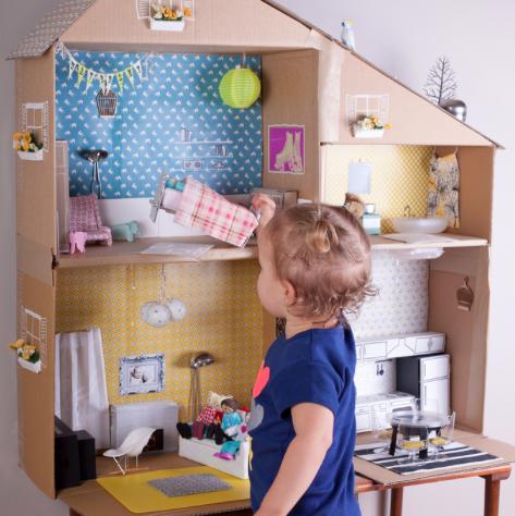diy casa de muñecas oblicua