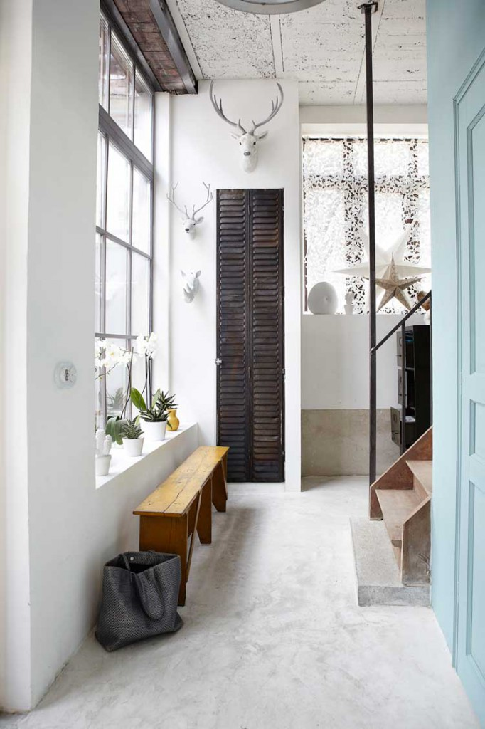 Home-life-style-magazine-estilo-industrial-pasillo