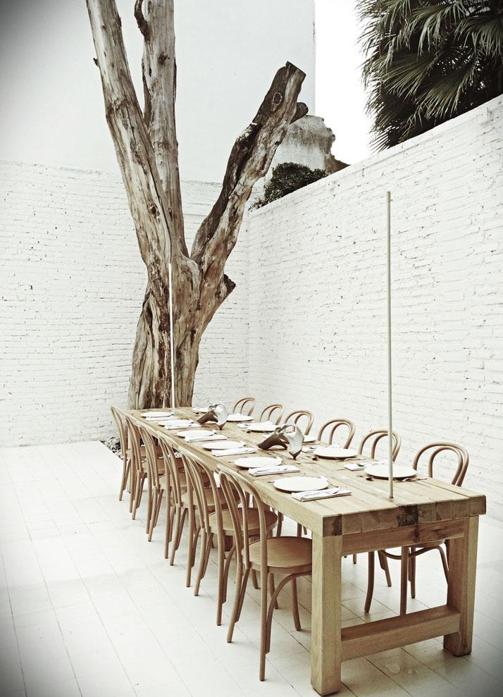 Hueso Restaurant