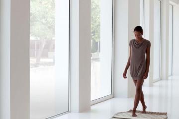 Homelifestyle_diseño_made_in_Spain_Gan_Rugs_mangas_largas_naturales_Patricia_Urquiola