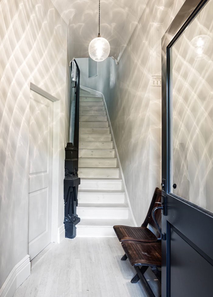 HomeLifeStyle-Magazine-Casa-en-Nueva-York-first-stairs