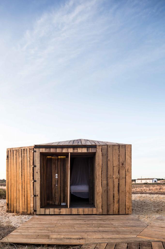 Homelifestyle-Cabanas-no-Rio-exterior-cabaña-abierta