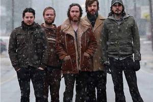 HOMELIFESTYLE-MAGAZINE-MIDLAKE-SNOW