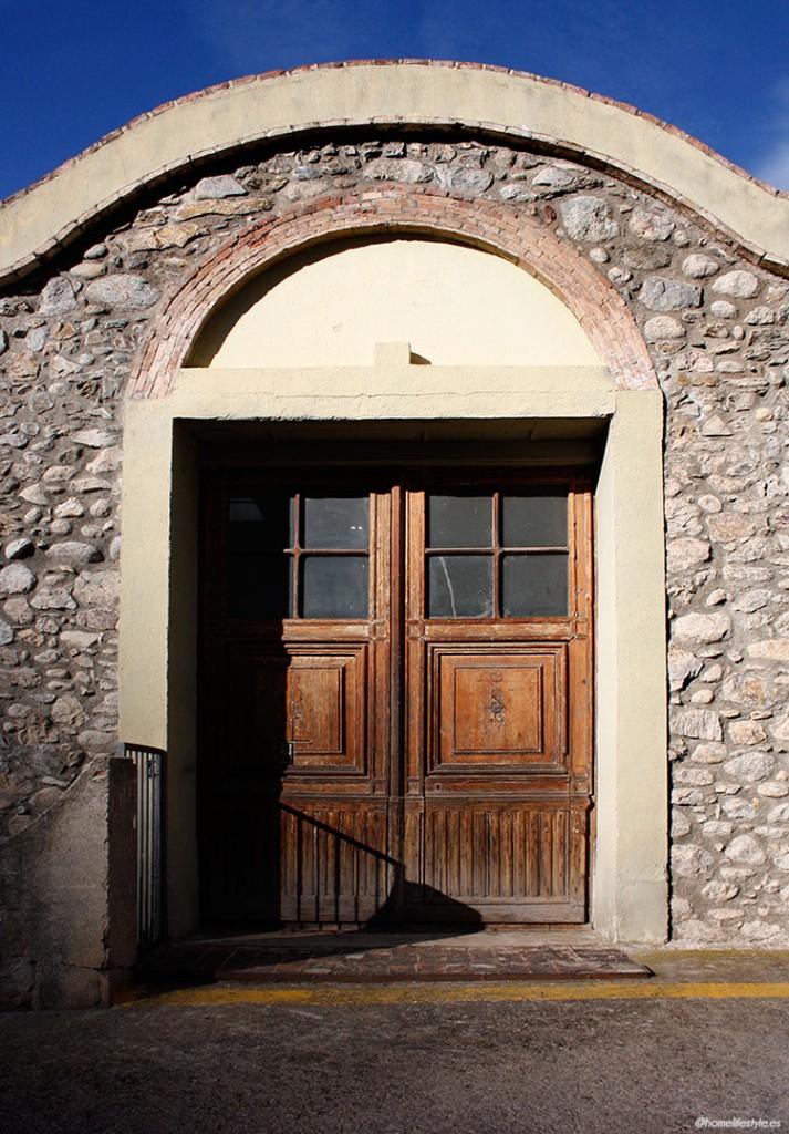 Homelifestyle-Magazine-La-Vall-de-Ribes-cazadores-de-setas-arquitectura-urbana