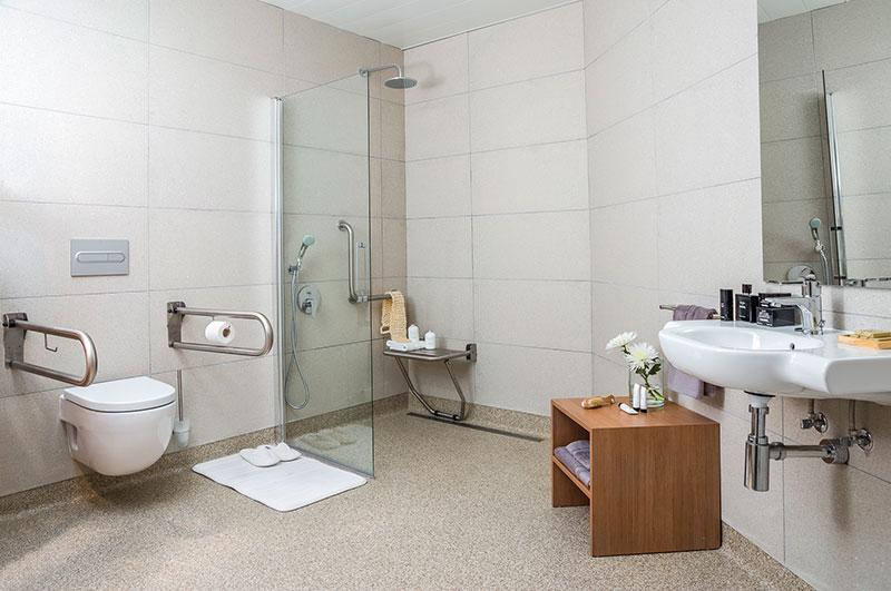 Homelifestyle-Magazine-Nuevo-Apartamento-adaptado-Eric-Vökel-detalle-baño-