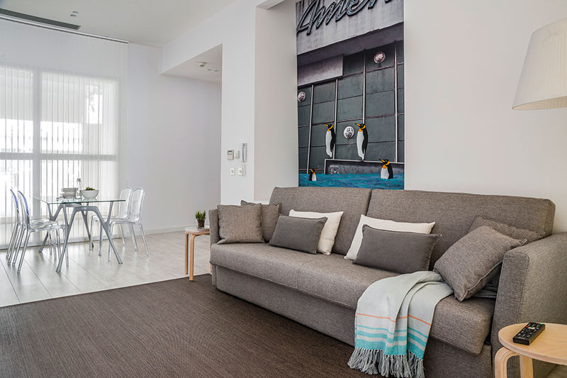 Requisitos Baño Adaptado:Nuevo Apartamento Adaptado, Eric Vökel Atocha Suites – HomeLifeStyle