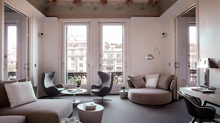 Homelifestyle-Magazine-barcelona-hotel-el-palauet-suite-general