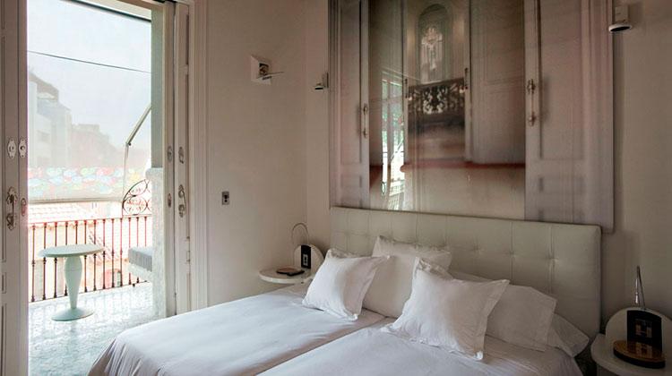 Homelifestyle-Magazine-barcelona-hotel-el-palauet-suite
