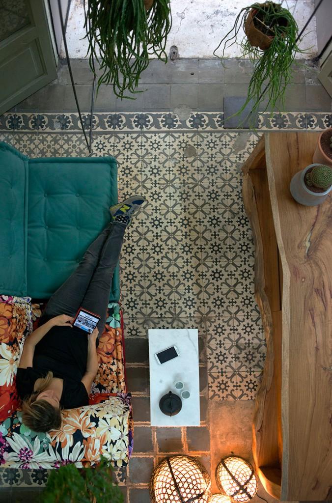 HomeLifeStyle-Magazine-Loft-Botanic-sofa-Majong