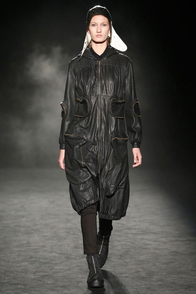 Homelifestyle-Magazine-080-Barcelona-Fashion-Miriam-Ponsa