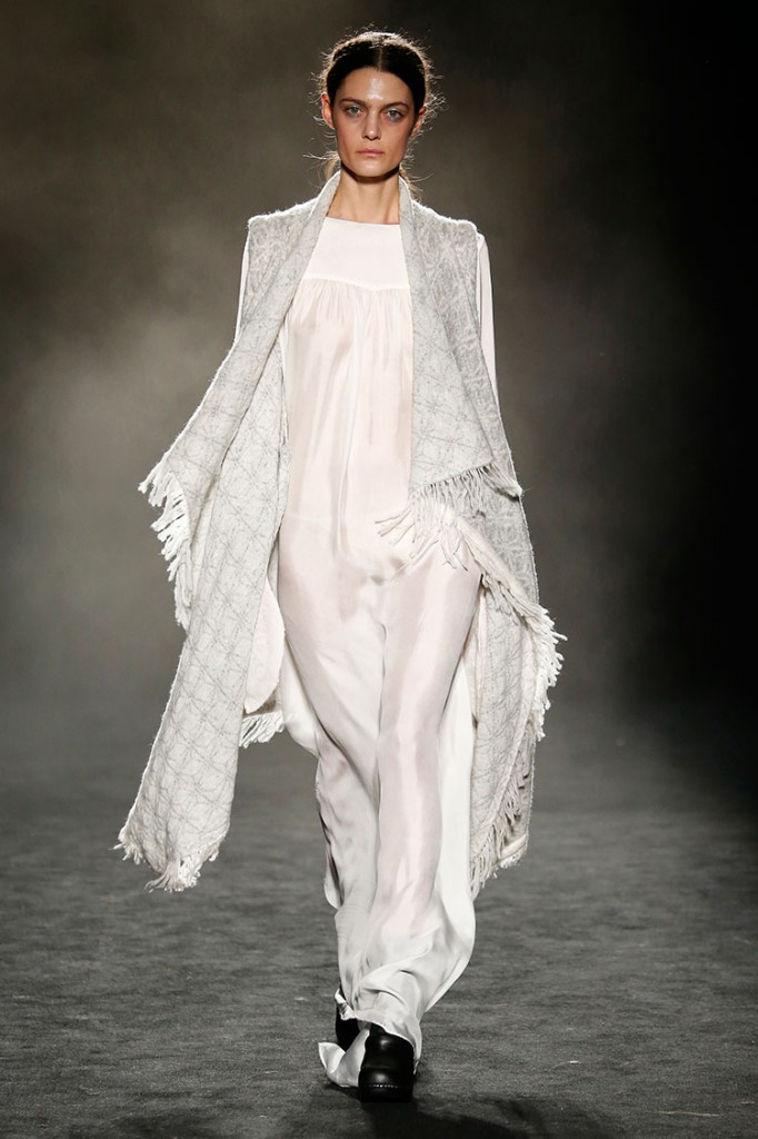 Homelifestyle-Magazine-080-Barcelona-Fashion-Yerse