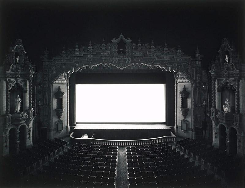 Homelifestyle-Magazine-Hiroshi-Sugimoto-Escenari-Teatre