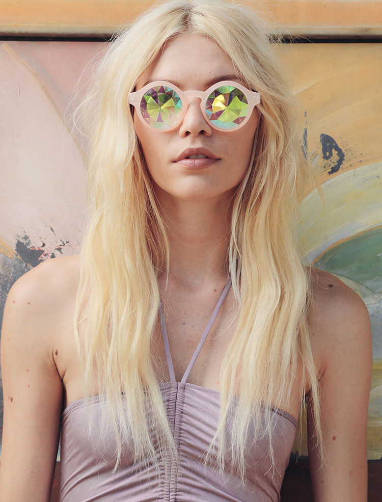 HomeLifeStyle-Magazine-Free-People-Kaleidoscope-Skies-gafas
