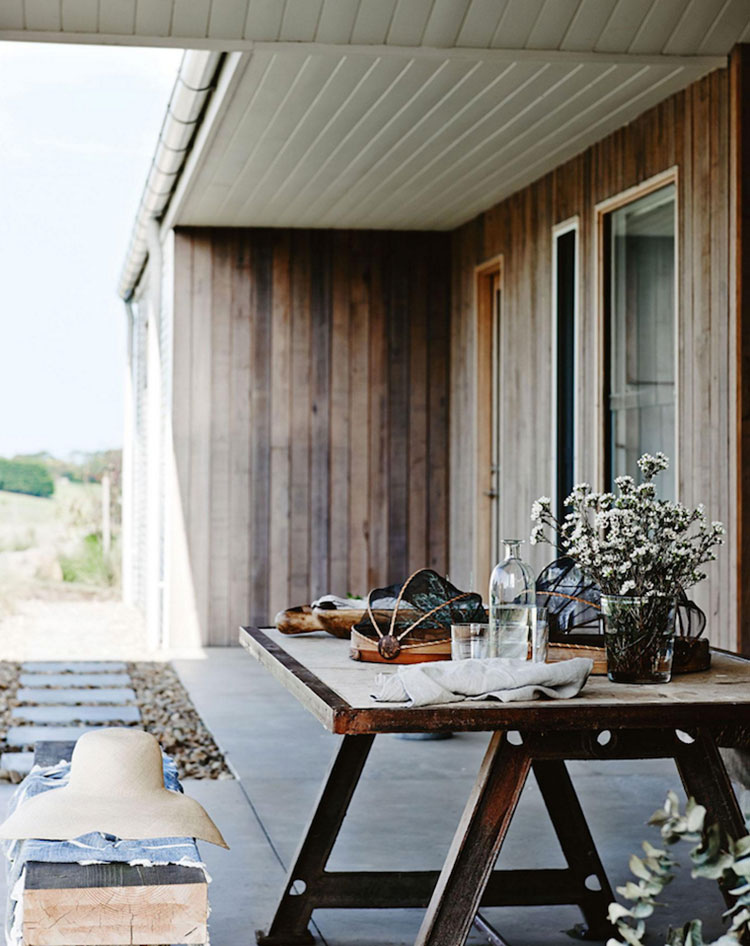 HomeLifeStyle-Magazine-vivir-junto-al-mar-porche