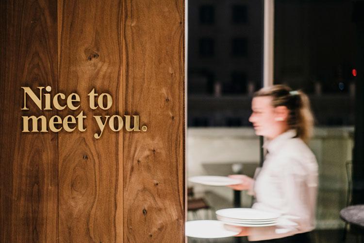 HomeLifeStyle-Magazine-Dear-Hotel-restaurante