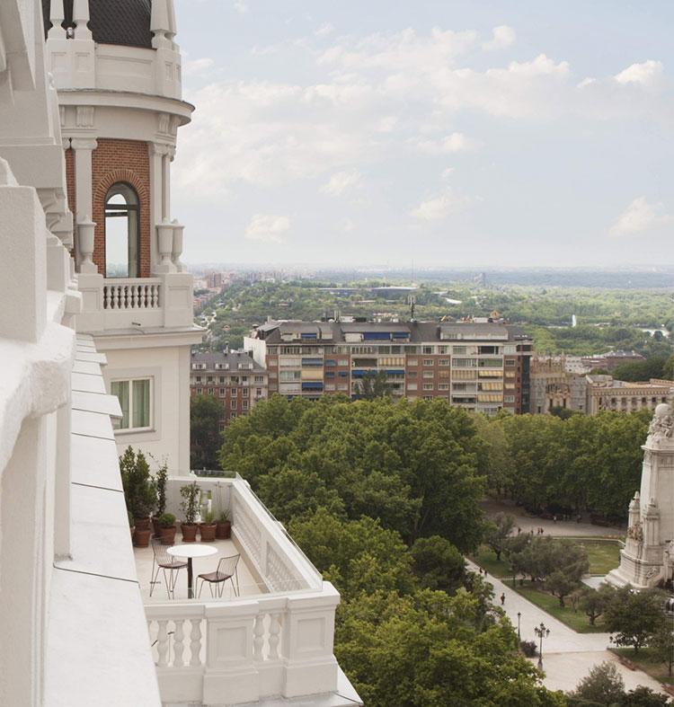 HomeLifeStyle-Magazine-Dear-Hotel-vistas