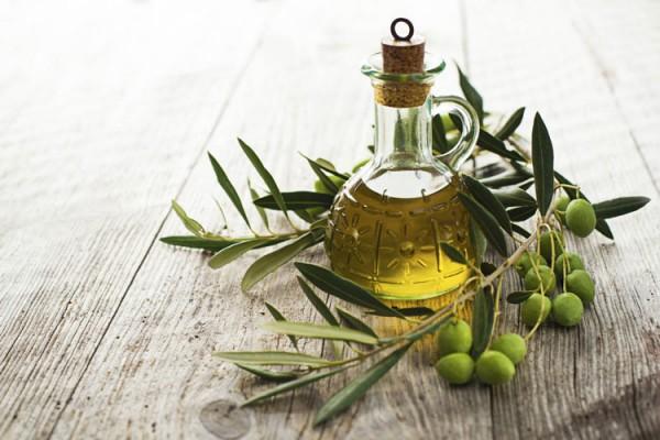 aceite-oliva-homelifestyle-magazine-aceitera