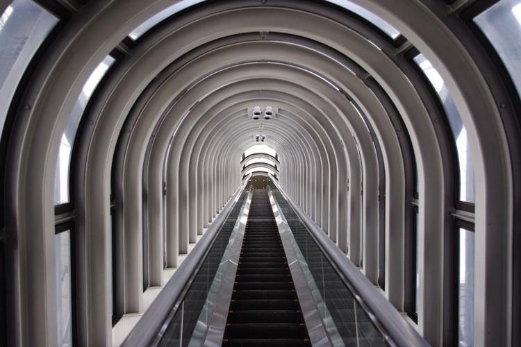 escaleras-umeda-sky-buiding-osaka-homelifestyle-magazine