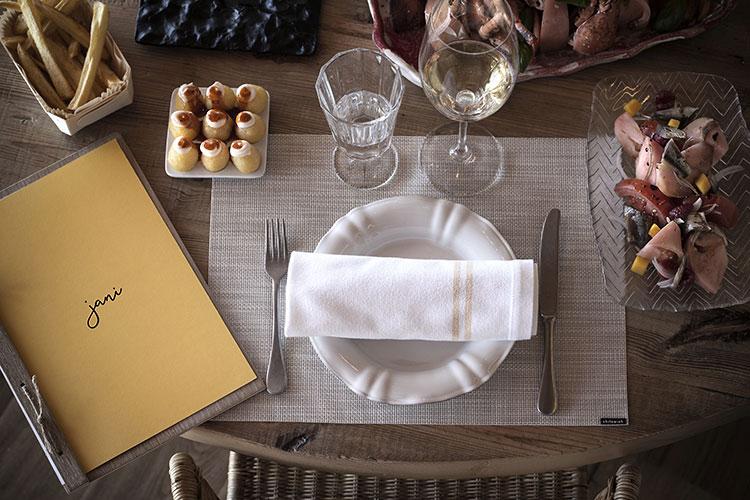 restaurant-jani-mesa-homelifestyle-magazine-by-maria-algara-regas
