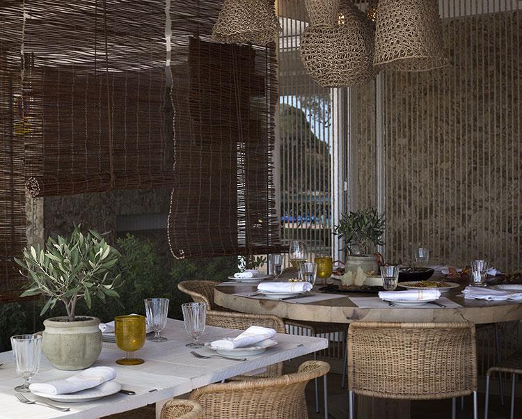 restaurant-jani-mesa-redonda-homelifestyle-magazine-by-maria-algara-regas