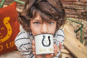 homelifestyle-magazine-pinata-pum-mug