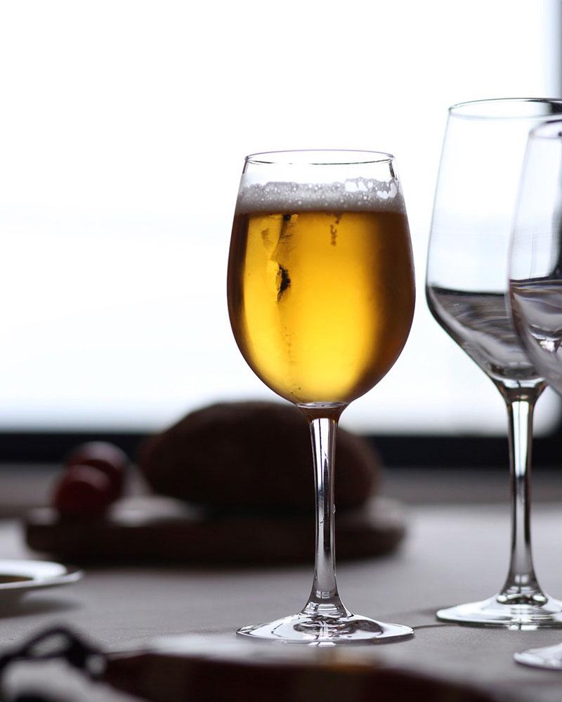 escapada-costa-brava-otono-aperitivo-restaurante-hotel-el-far-maria-algara-regas