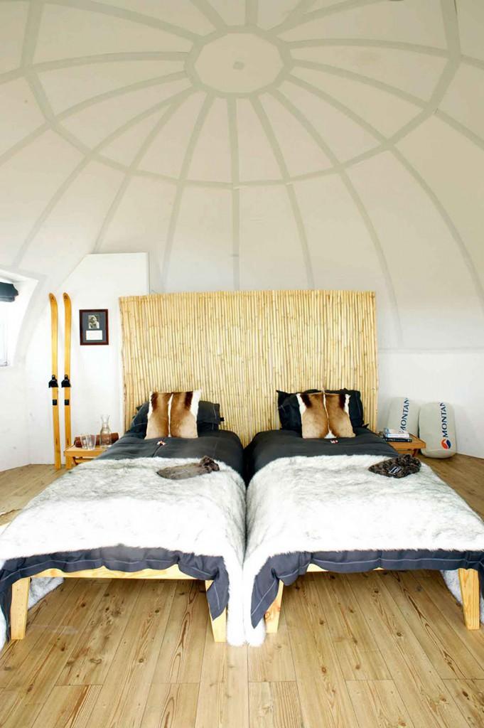 white-desert-suite