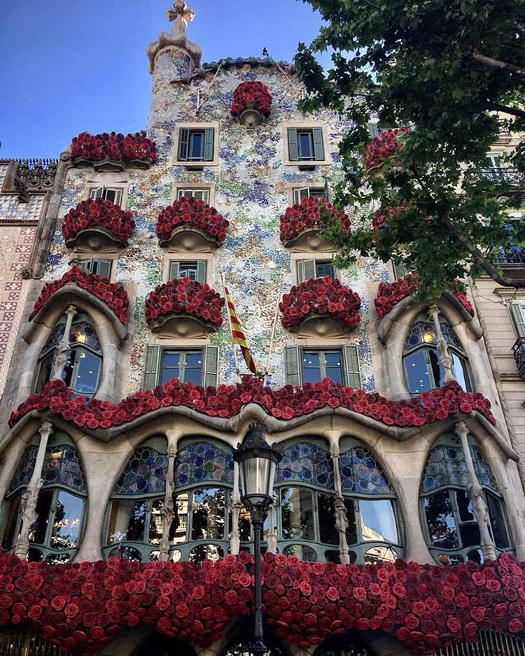 Gaudí-Casa-Batlló-HomeLifeStyle-Maria_Algara_Regàs