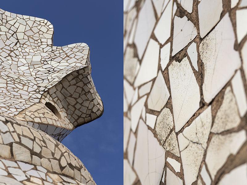 Gaudí-La-Perdrera-trencadis-Maria_Algara_Regàs