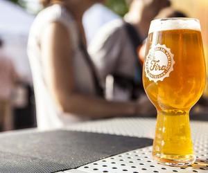 cerveza-artesana-rubia-La-Fira-del-Poblenou-Homelifestyle-Magazine