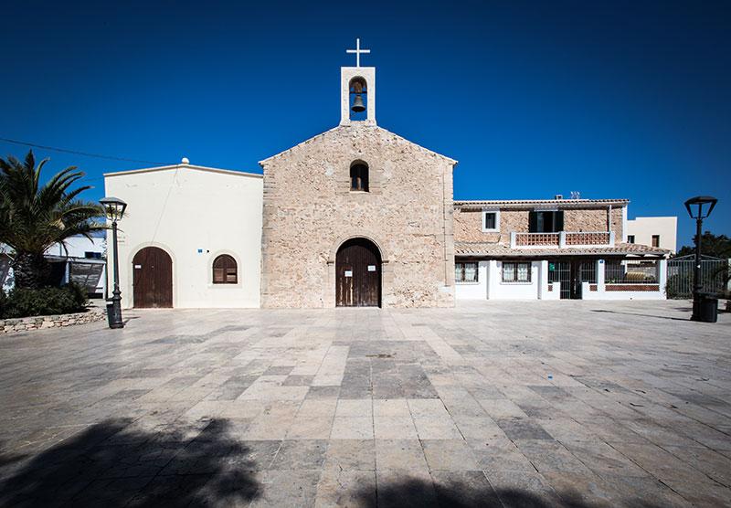 Viajar-a-Formentera-en-primavera-pueblo-by-©MariaAlgaraRegas-29