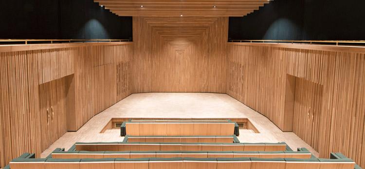Auditorium-Museo-Yves-saint-Laurent-en-Marrakech