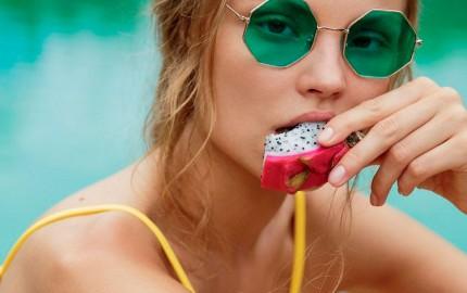 HomeLifeStyle-Magazine-Freepeople-Swimwear-sunglasses
