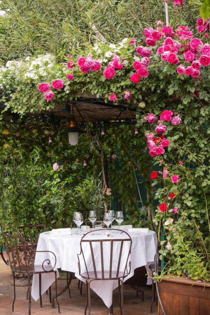 Fin-de-semana-Narbona-HomeLifeStyle-Magazine-Les-Grands-Buffets_TERRASSE