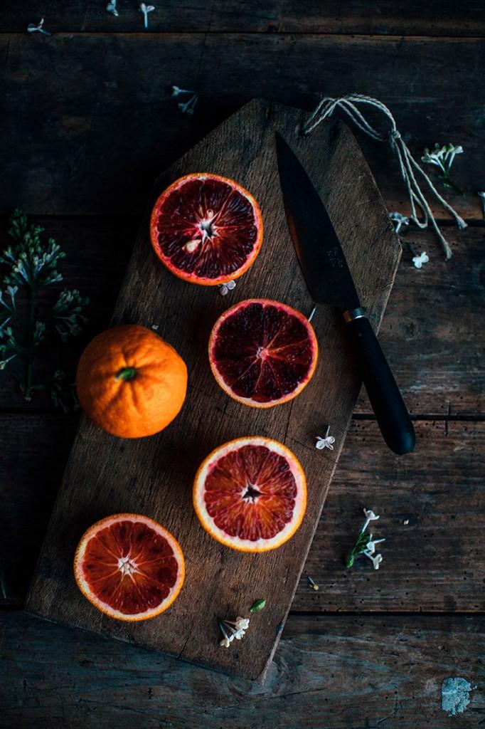 Pavlova-de-naranjas-ourfoodstories-ingredientes-frontal-homelifestyle