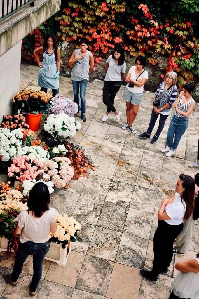 instalación-floral-gran-formato-desarrollo-MariaAlgaraPhotography-desayuno