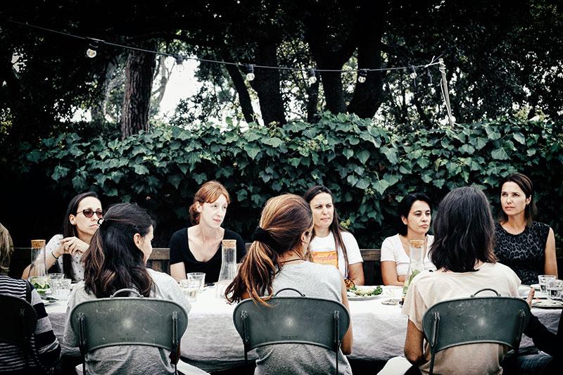 instalación-floral-gran-formato-mesa-MariaAlgaraPhotography-desayuno