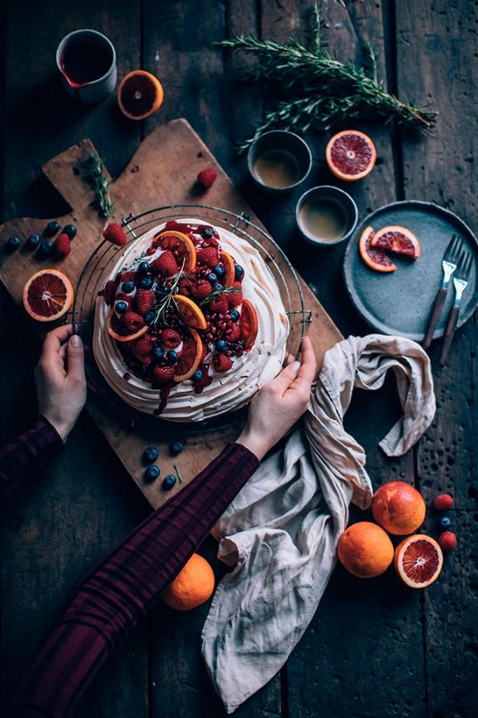 receta-Pavlova-de-naranjas-ourfoodstories-ingredientes-frontal-homelifestyle